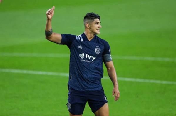 Whitecaps at Sporting KC Dominated 3-0 Thanks To A Brace From Alan Pulido 5